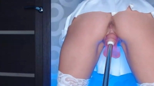 Girl receives squirts HD