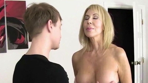 Young MILF Erica Lauren loves hard fucking HD