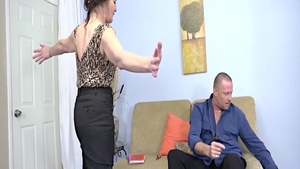 MILF Mya Lushes blowjobs