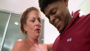 Big boobs MILF Margo Sullivan feels the need for rough nailing