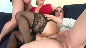 Threesome along with shaved german mature