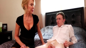 Housewife Erica Lauren getting smashed very nicely sex scene