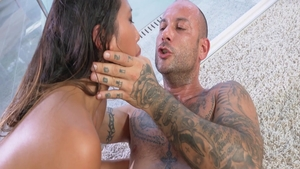 Sex with petite May Thai and Mike Angelo
