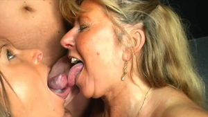 German Sexy Susi cum in mouth