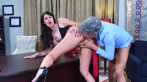 Mature Eva Karera got her pussy pounded video HD