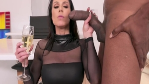 Plowing hard along with large tits MILF Kendra Lust