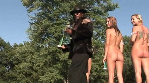 Naked amateur got nailed in public