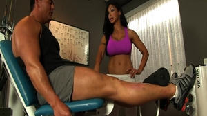 Large boobs & muscle Jewels Jade dick sucking at the gym
