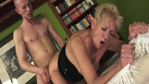 Young mature really likes the best sex
