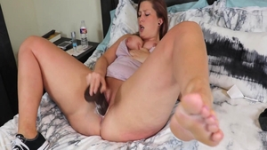Sex escorted by big booty amateur
