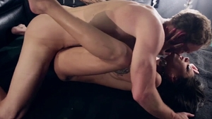 Hard pounding along with huge tits stepmom Bonnie Rotten