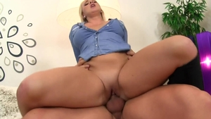 Lilith Lee in hard fetish pounding