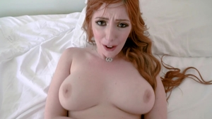 Hairy Lauren Phillips has a thing for sloppy fucking