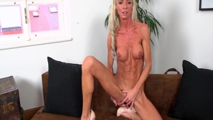 Alexis Starr is a wild chick