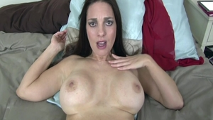 Busty supermodel Mindi Mink wishes for hard nailining in HD