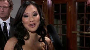 Booty asian cougar Asa Akira uncensored group sex in HD