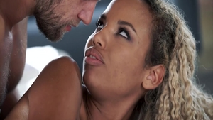Young ebony Romy Indy finds pleasure in romantic nailing