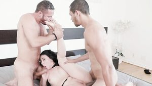 Threesome with small tits american mature Mandy Muse