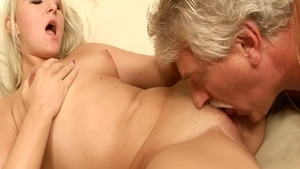 Beautiful babe pussy licking sucking cock in HD