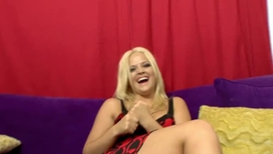 Hardcore sex accompanied by natural mature Alexis Texas