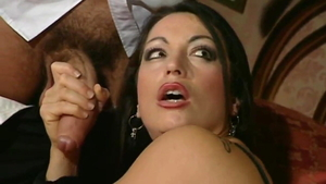 Gilda Roberts agrees to hard pounding