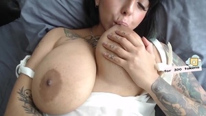 Homemade raw sex escorted by large tits brunette