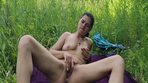 Stepsister goes in for homemade the best sex outdoors in HD