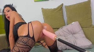 Lustful babe gets a buzz out of real fucking