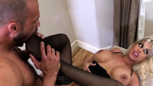 Veronica Avluv in nylon rough feet fetish