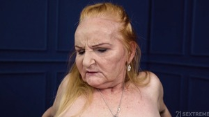 Huge tits granny raw pussy licking