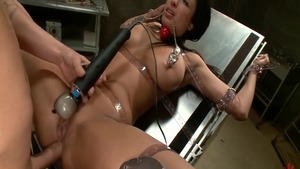 Anissa Kate ass to mouth scene