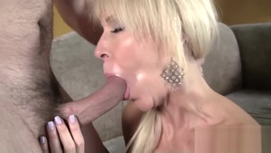 Nailing between MILF Erica Lauren in HD